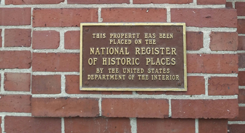 plaque-national-registry